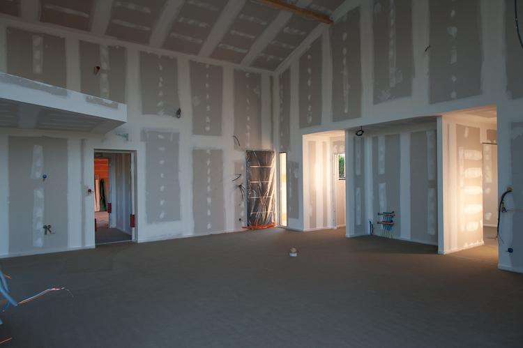 Salon / Entrée, chape laser coulée le 03 Mai